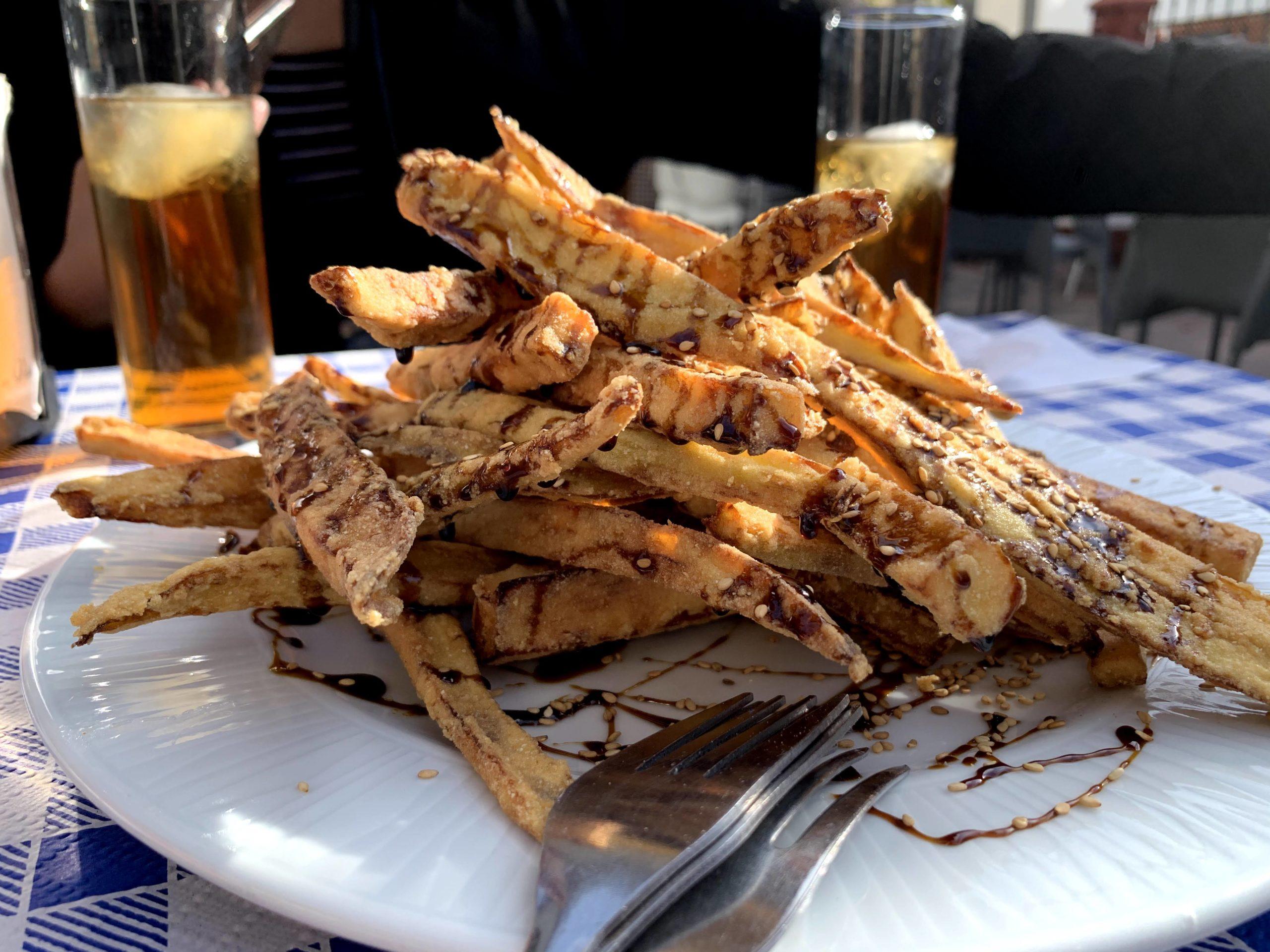 スペイン料理のナスの揚げ物